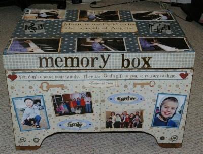 Chichenizà mon p'tit oeuf 14 ans de bonheur - Page 4 Memory-box-4