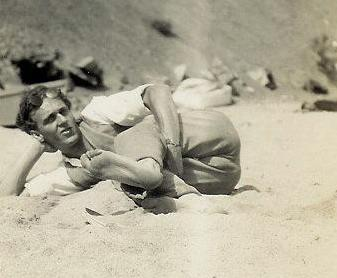 Howie in 1928 Crop